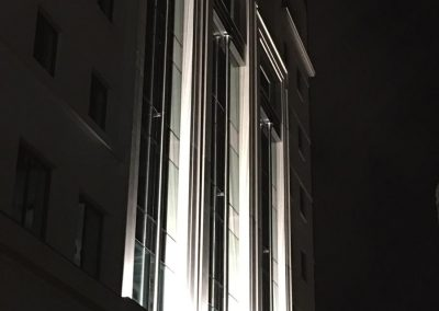 3-pancras-square-external-lights-5
